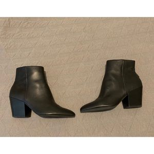Dolce Vita side zip ankle boots